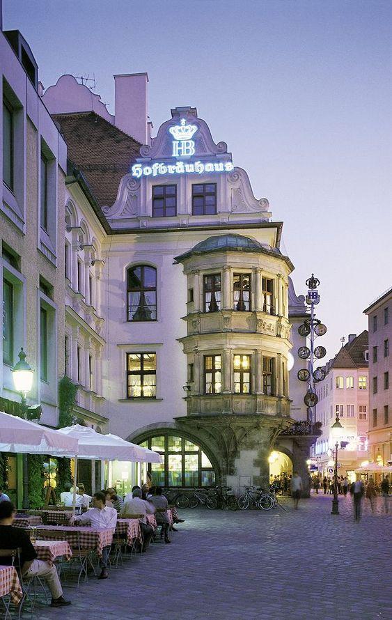 The Hofbrauhaus in Munich! Copyright T. Krueger: