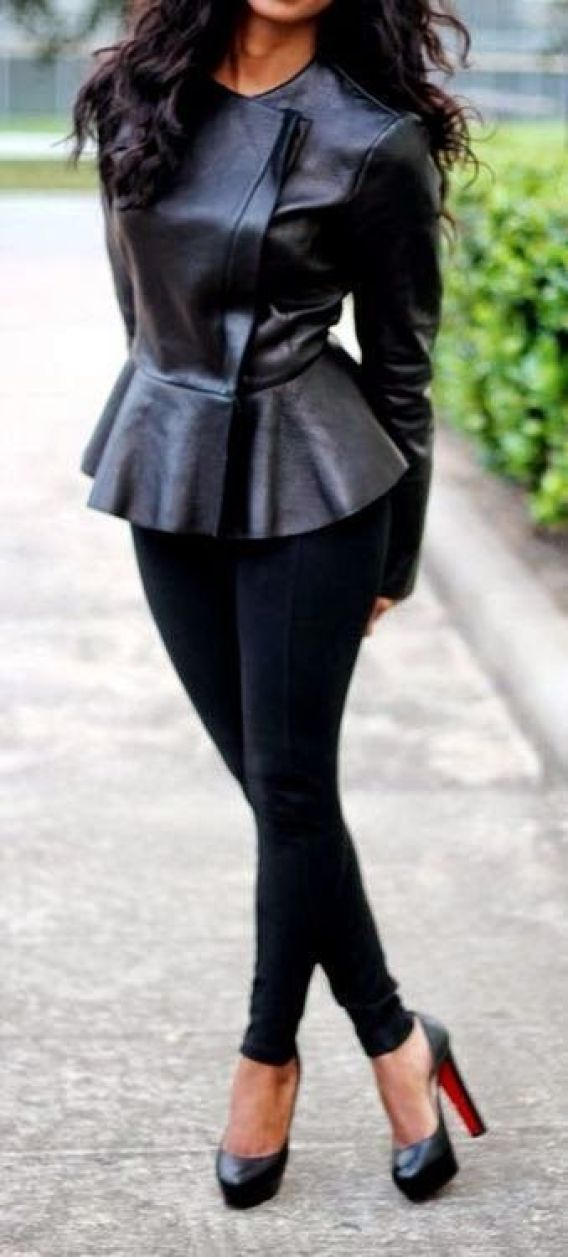 All black. ~ 50 Great Fall Outfits On The Street - Style Estate -: