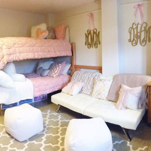 Frilly bedding is so pretty for coordinating dorm room ideas!