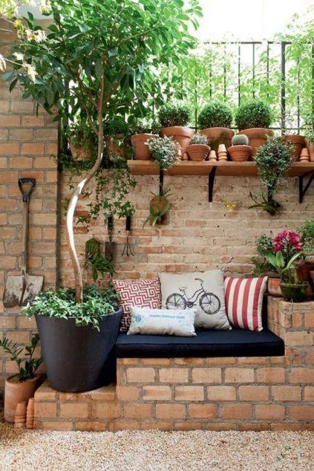 angolo relax in giardino