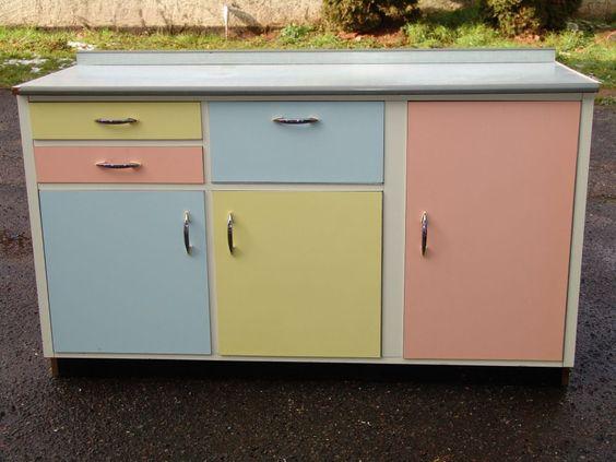 50er Jahre Küchenschrank - bunt 50er Jahre wohnen Pinterest