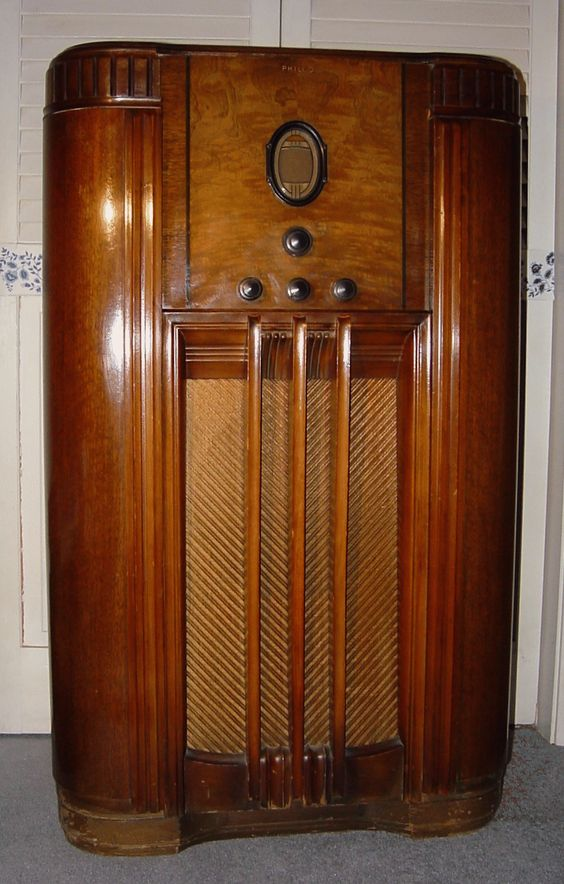 Radios Consoles And Models On Pinterest