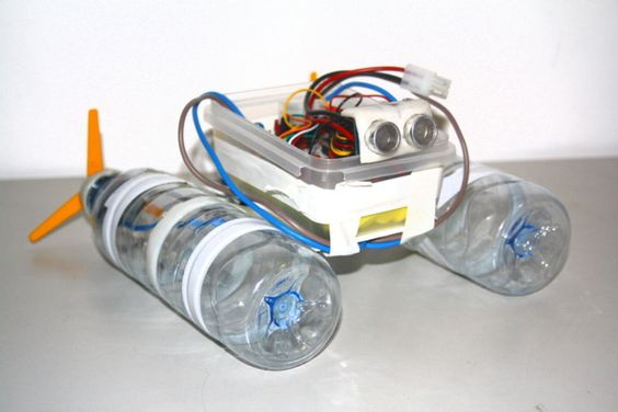 Build a robot boat using water bottles | Latest fashion ...