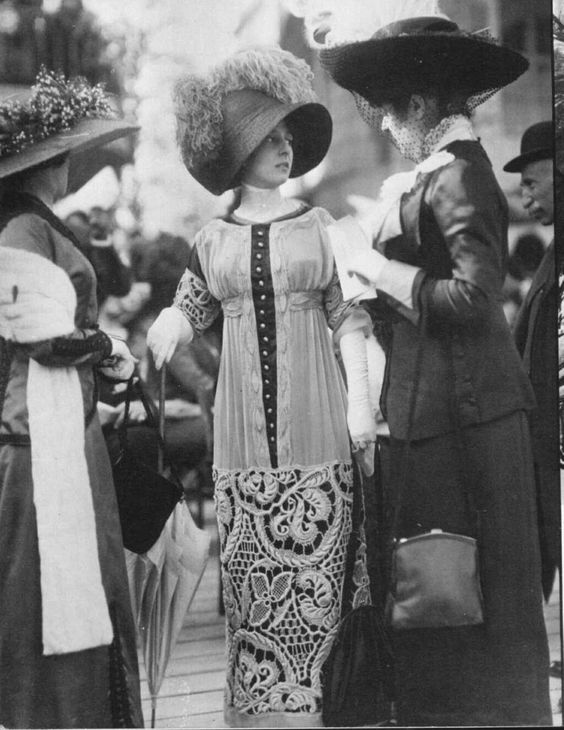 1911 The trendier have often been the object of criticism - check the look on the woman at the right: