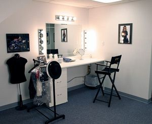professional makeup room | Make-Up Room - Large area with ... on Make Up Room Design  id=39247