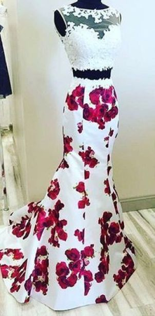 Floral patterns are perfect for mermaid prom dresses!
