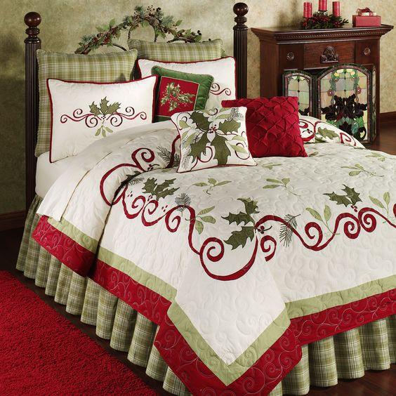 Christmas Bed Quilts Reviews Holiday Garland Holly