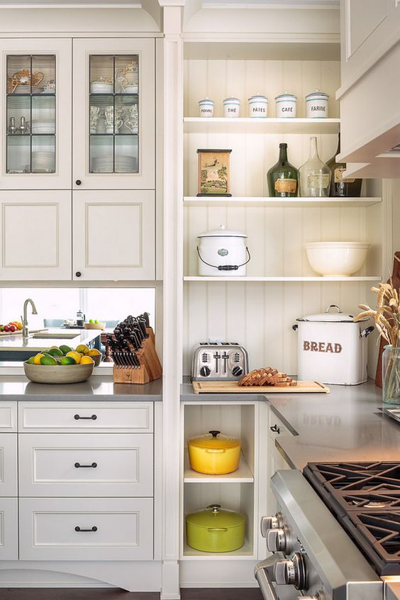 to give this kitchen a farmhouse style the designer used a combination of cabinets and open on farmhouse kitchen open shelves id=45303