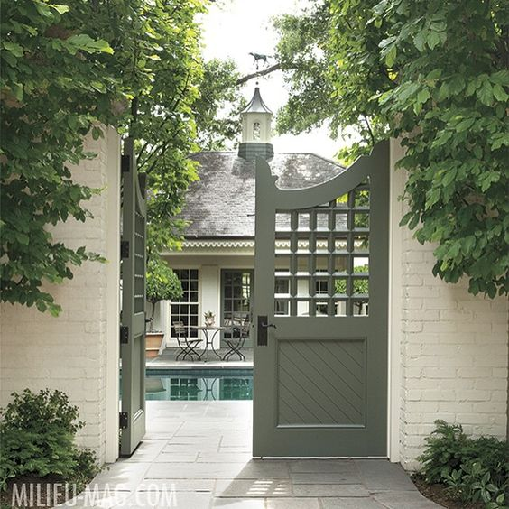 Gardens, Hello august and Exterior colors on Pinterest on Gate Color Ideas  id=47770