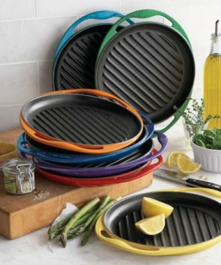 le creuset® skinny grill. I need one. The grill pan I bought was horrible. - http://AmericasMall.com/: