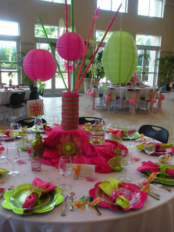 Fun Whimsical Centerpiece With Paper Lanters And