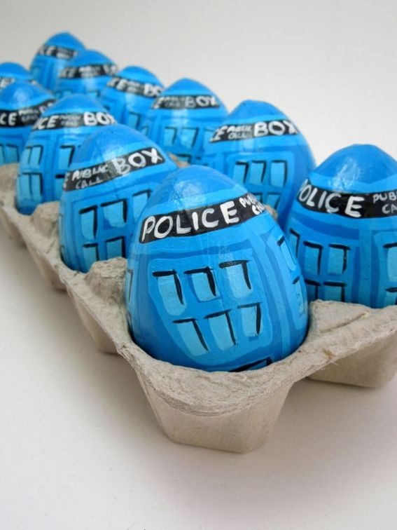 TARDIS Easter Egg DIY