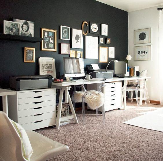 ACHADOS DE DECORAÇÃO - blog de decoração: UM HOME OFFICE COM PAREDE PRETA: ACHO QUE VOU ME ARRISCAR: