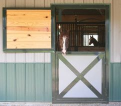 7 Ideas to Upgrade Your Barn...which could easily also be used for kennel: