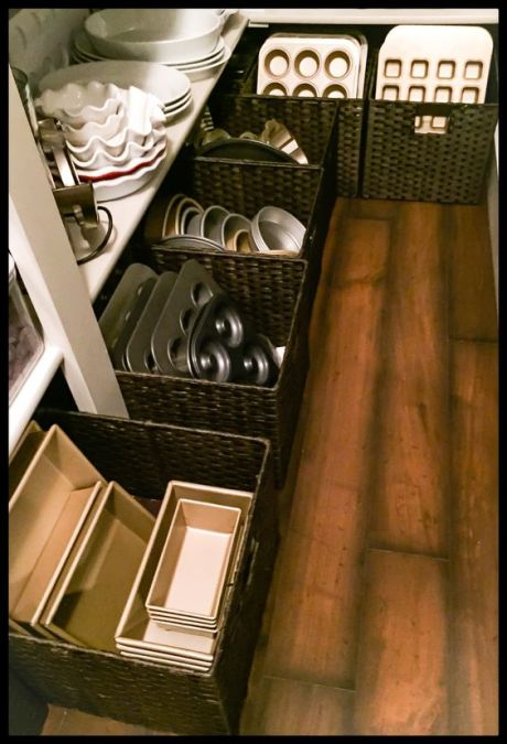 Pantry Storage... {not that i have this much, but GREAT idea! ~ljw}