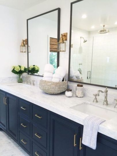 dark bathroom trends