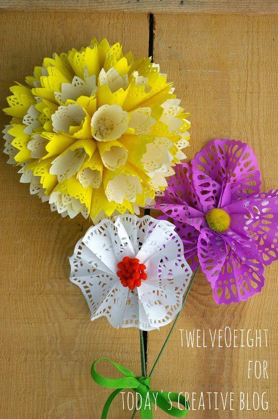DIY Paper Doily Flowers   TodaysCreativeBlog.net: