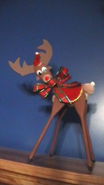 Wooden Spoons Reindeer And Spoons On Pinterest