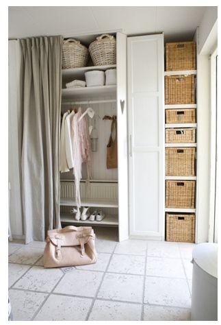 Placard Ferm Par Un Rideau RANGER Pinterest Curtain Ideas Closet And Wardrobe Storage