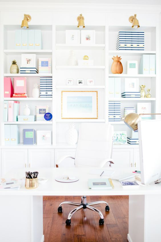 "Bright, white office: <a href=""http://www.stylemepretty.com/living/2015/09/09/behind-the-scenes-emily-ley/"" rel=""nofollow"" target=""_blank"">www.stylemepretty...</a> 