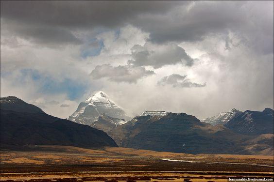 6666 выдумок и немного правды о горе Кайлас - Александр Леснянский - человек, который часто не догоняет, но редко опаздывает: