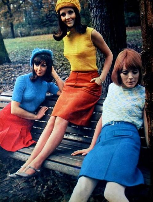 Colorful sixties fashion, Margriet (Dutch) January 1967 60s 70s skirts shell tops shirts sleeveless red yellow blue color photo models magazine print ad fashion: