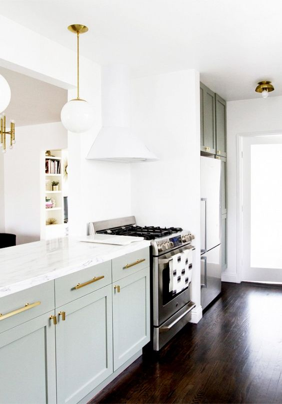 5 kitchen before and afters you have to see to believe white cabinets cabinets and gold kitchen on kitchen cabinets gold hardware id=24855