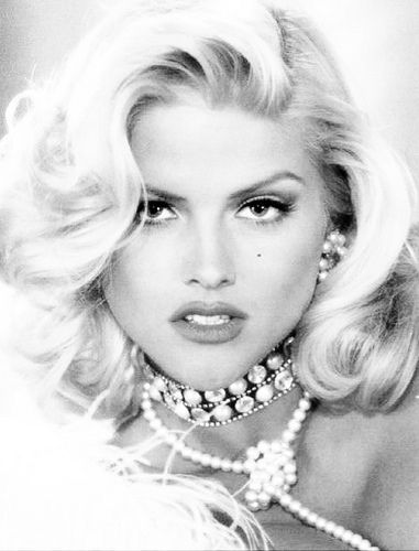 Glamour shot | Marilyn Monroe & Anna Nicole Smith ...