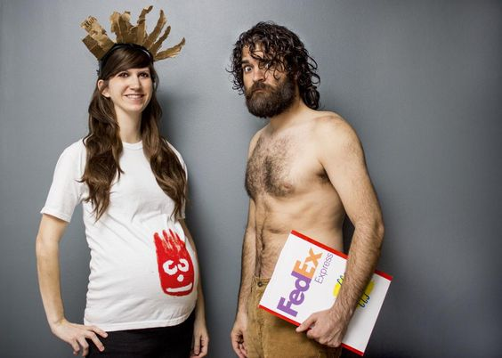 Halloween Pregnancy Costume #4: Cast Away