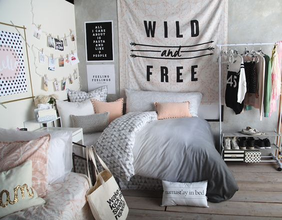 Teen Girl Bedroom Makeover and Decorating Ideas
