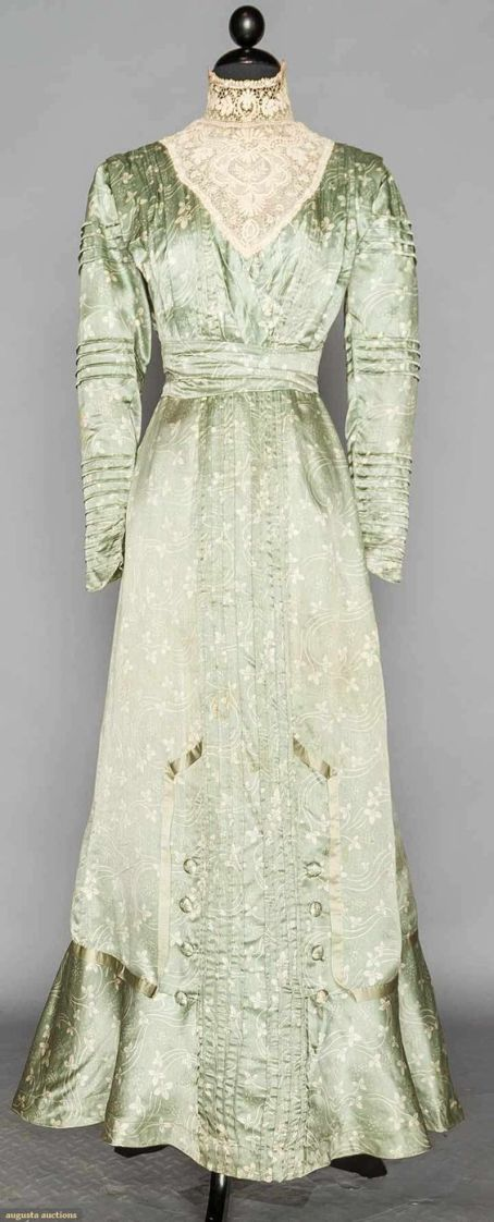 Dress | 1916 | silk charneuse, lace | Augusta Auctions | April 20, 2016/Lot 227: