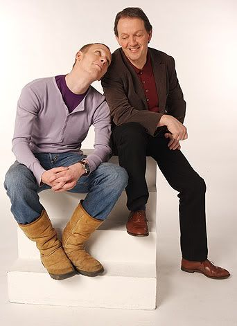 Laurence Fox in UGGS?! @claire charmant. I don't..I can't...tell me this didn't happen.: