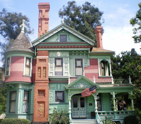 Hale House, Heritage Square, Los Angeles - Hale House - Wikipedia, the free encyclopedia: