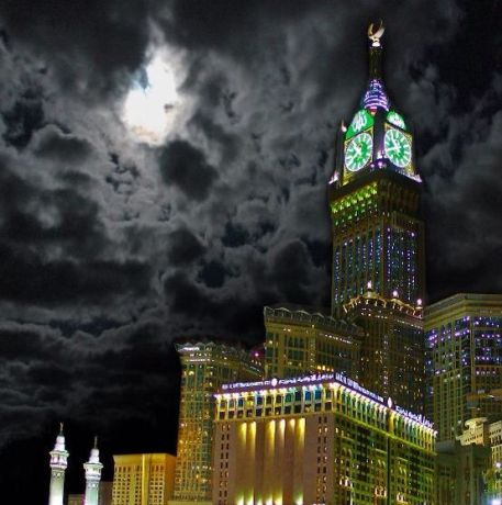 Abraj Al Bait at night