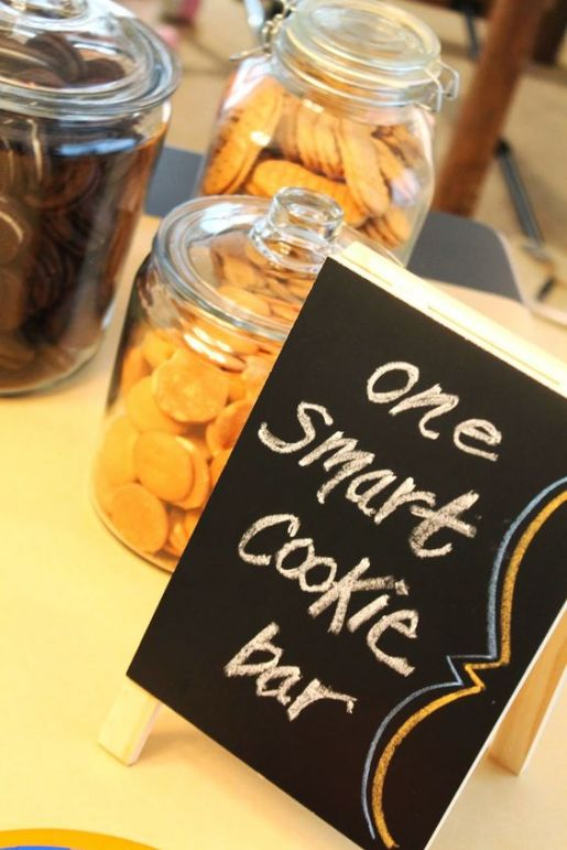 20 Grad Party Ideas You Ll Want To Steal Immediately Crazyforus