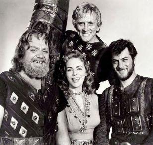 Image result for the vikings movie 1958 KIRK DOUGLAS AND ERNEST BORGNINE
