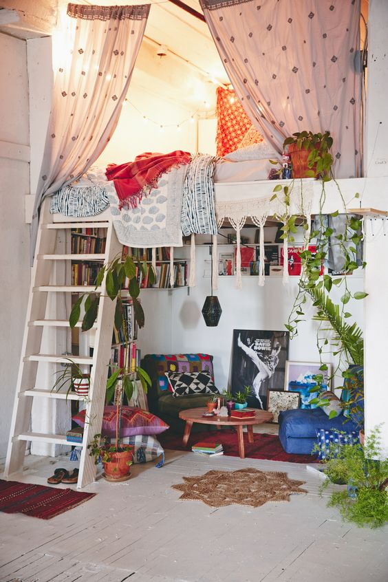 Minimalist bohemian inspired bedroom #gypsy #home #decor Every one should have a rubber tree plant!