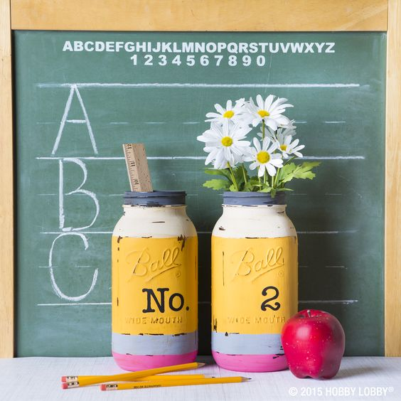 Give your teacher a welcome gift that will sit pretty on their desk all year long! We used chalk paint to mimic our favorite No. 2 pencils for these mason jar displays.: