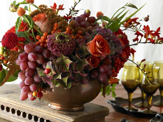 Red Grapes From California Add Fullness And Beauty To This
