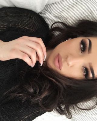 Nude lips with dark eyeliner are winter makeup looks that you can rock all year!