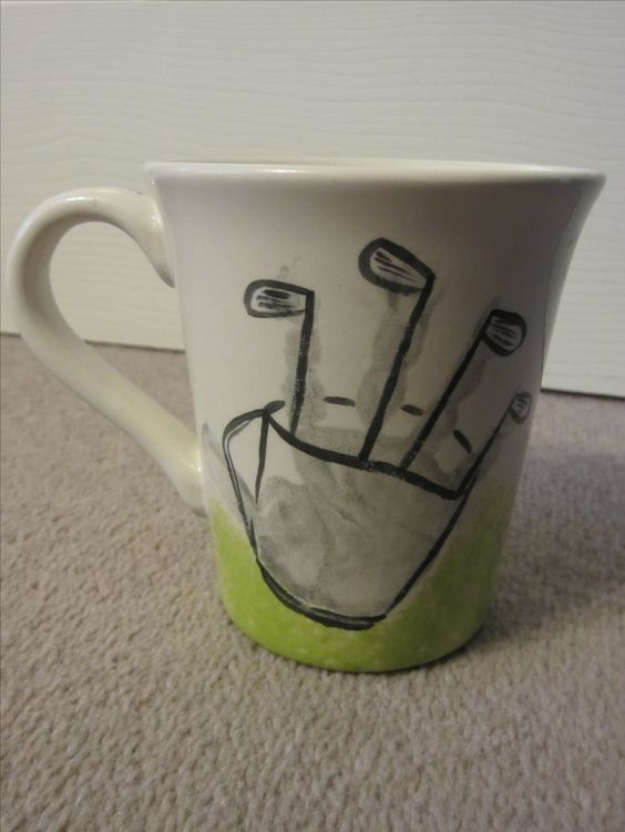 Father's Day mug with child's handprint golf bag and clubs: