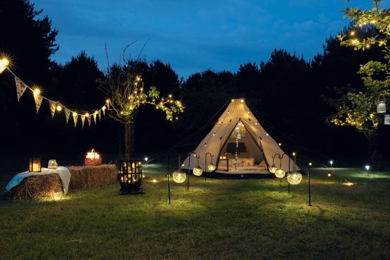 Don't just sleep under the stars sleep with them! At festive lights we don't just camp... we Glamp, and we think you should too!