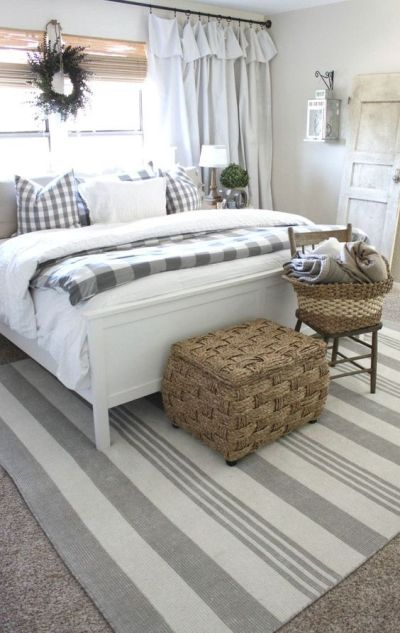 gorgeous farmhouse style bedroom: