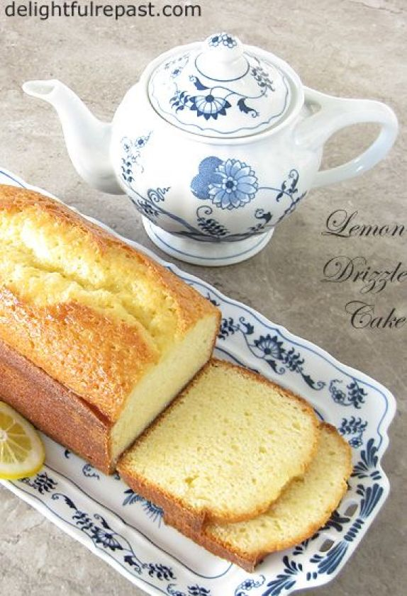 Lemon Drizzle Cake - Just 38 seconds in the food processor! / www.delightfulrepast.com
