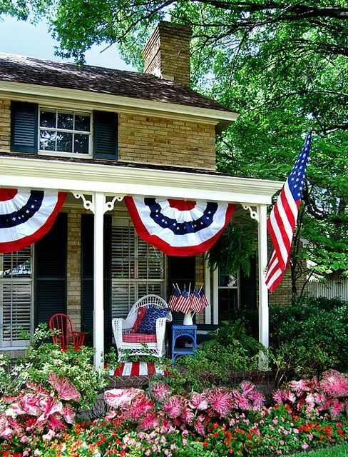 4th of july porch decorations | 4th of July Party Ideas / Patriotic porch | Flickr - Photo Sharing!