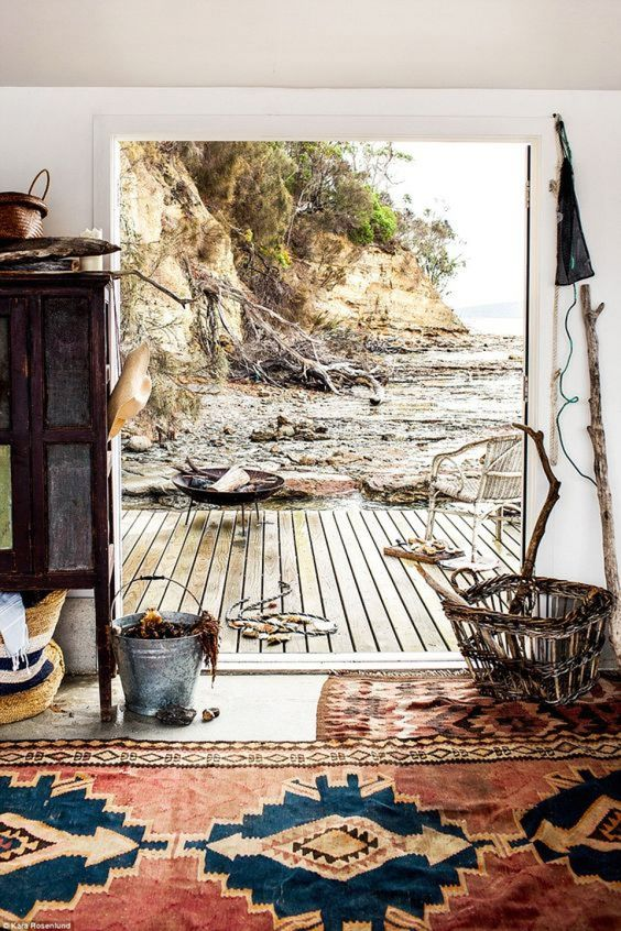 Engagement Party Getaways Close to City Centres / Satellite Island