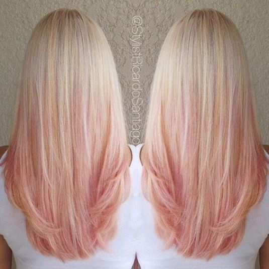 Blonde roots are so cute with rose gold hairstyles!