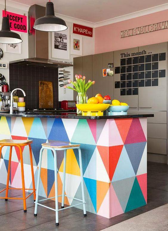 12 paredes com triângulos e algumas boas ideias a mais: