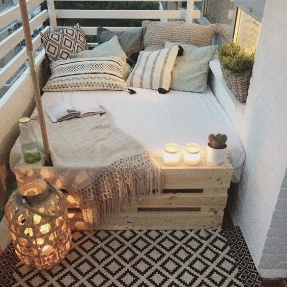 45+ Fabulous ideas for spring decor on your balcony:
