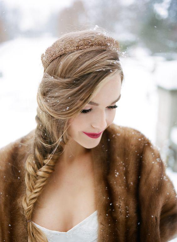 Cherish Workshop - Canadian winter wedding inspiration | Wedding Sparrow: